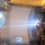 Sevilla 2014. Besamanos Cristo del Amor, en el Salvador (2)