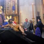 Sevilla 2014. Besamanos Cristo del Amor, en el Salvador (6)